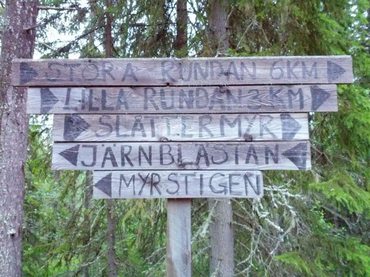Rètols indicant les excursions
