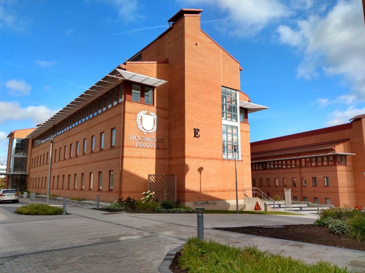 Un altre dels edificis de la universitat